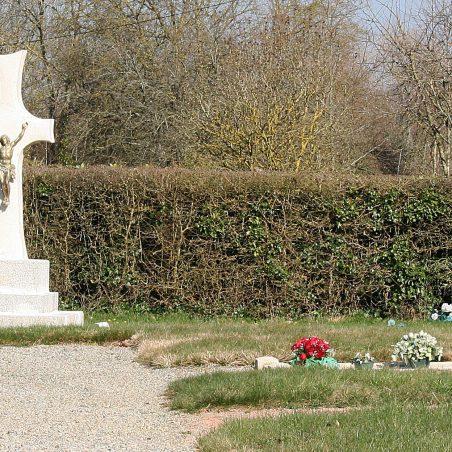 Le Chateau D'Almeneche Churchyard.  France. | Copyright.  The War Graves Photographic Project.