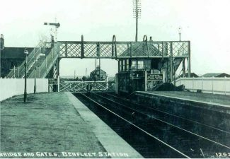 Bridge and Gates, Benfleet Station | Benfleet and District Historical Society