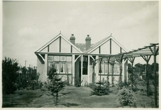 'Shandon' with the pergola.  c. Mid 1930s | Julie Summers