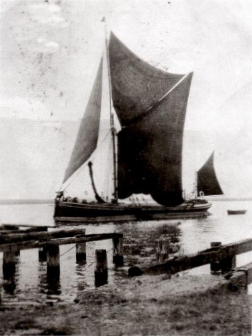 Under sail in Benfleet Creek