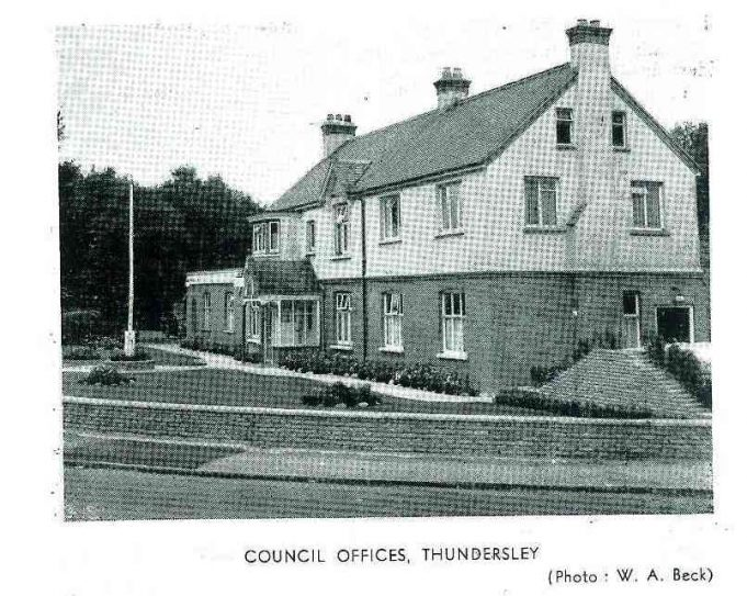 'The Manse' the original Council Offices on corner of Kenneth Road and London Road. In the guide dated 1953/54