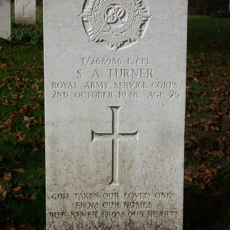 Grave of S. A. Turner | Copyright.  The War Graves Photographic Project.