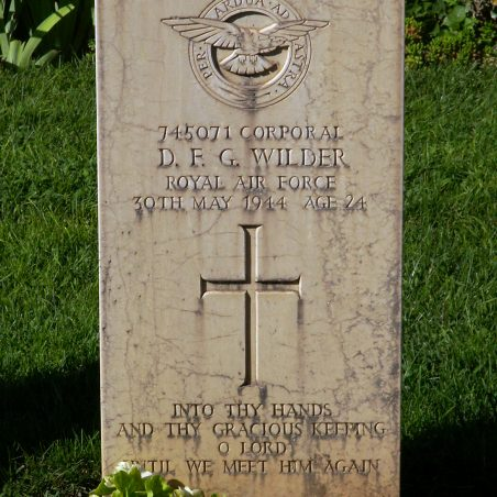 Grave of D.F. G. Wilder. | Copyright.  The War Graves Photographic Project.