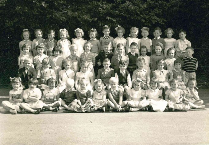 Photo 8) | Thundersley School