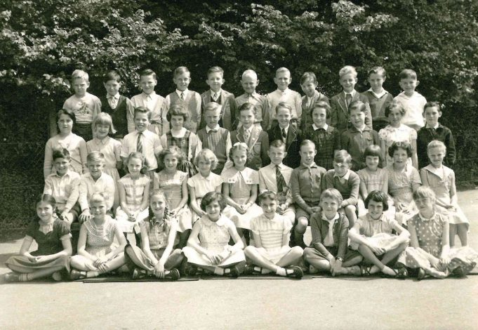Photo 11) | Thundersley School