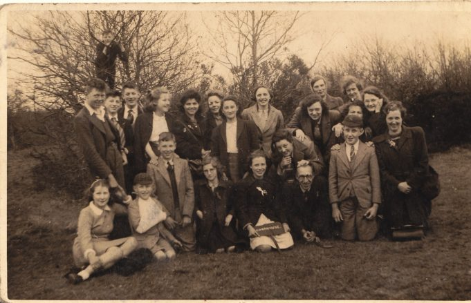 Methodist Sunday school group, circa 1945/46