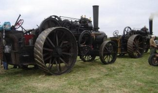 A pair of Fowler steam ploughing engines of the type used by Mr Keeling. | © J. Wernham.