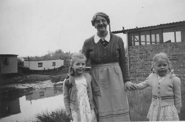 My two cousins and Mary about 1953. The creek in the background | John Gothard (né Bloor)