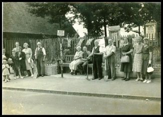 Benfleet Horticultural Society 1951 - Cemetery Corner | Shiner & Holmes