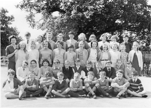 Mrs Burns class of 1966 | Jean Smithson