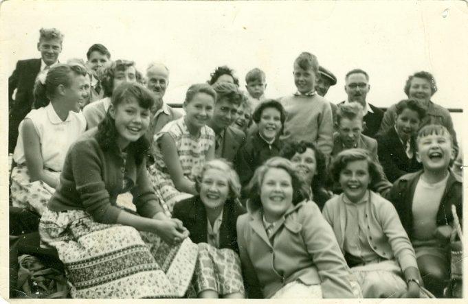 Benfleet Methodist Church 1956 Day trip to Little Holland c.1956 | Ann Morrison collection
