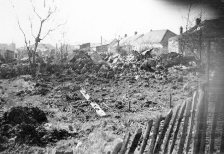 Gloster Meteor Crash - Philmead Road in 1952