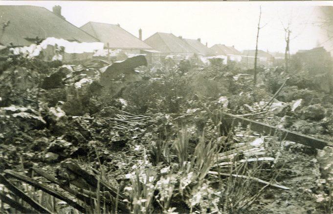 Gloster Meteor Crash - Philmead Road in 1952 | Keith Patten