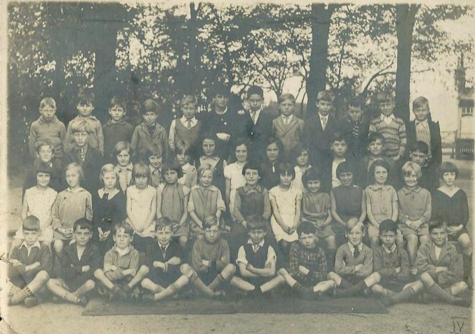 Thundersley Council School, Hart Road, 1930's | Bertie Bardell