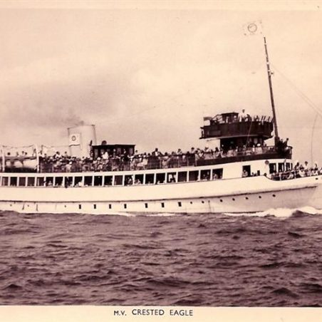 Sometimes we took a boat from Southend to St Osyths. | Postcard Supplied by Doreen Colvin.