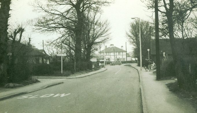 Police houses at Cemetery Corner in the background. Date unknown | Jackie Barnes collection