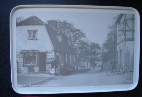 Tray imprinted with classic Benfleet photo