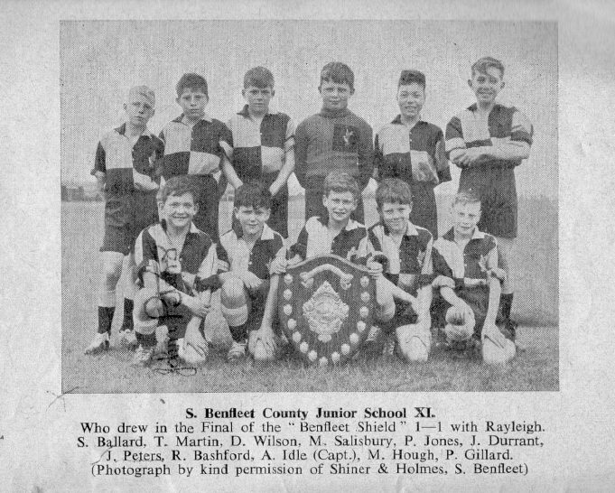South Benfleet County Junior School XI, 1957/58 | John Peters / S.E. Essex Primary Schools' Sports Association Handbook, Season 1957-58