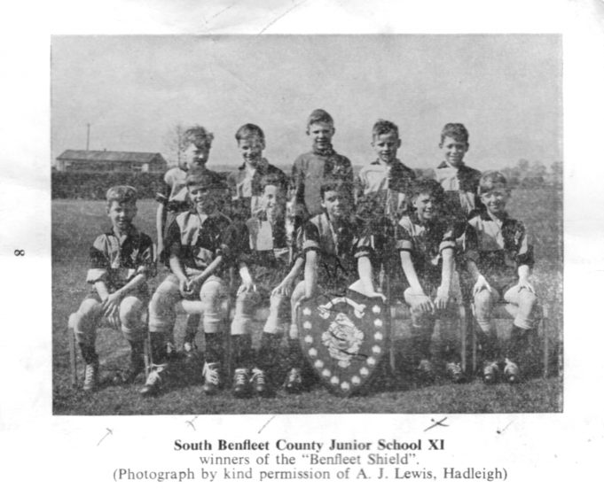 South Benfleet Juniors XI for the season 1958-59 | John Peters