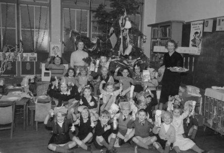 South Benfleet Infants School - Christmas party c.1952-53
