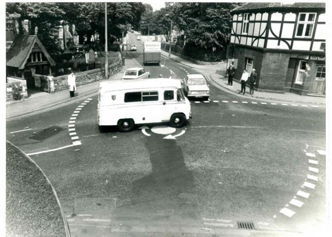 St Mary's Church Mini-roundabout with traffic. | CPDC