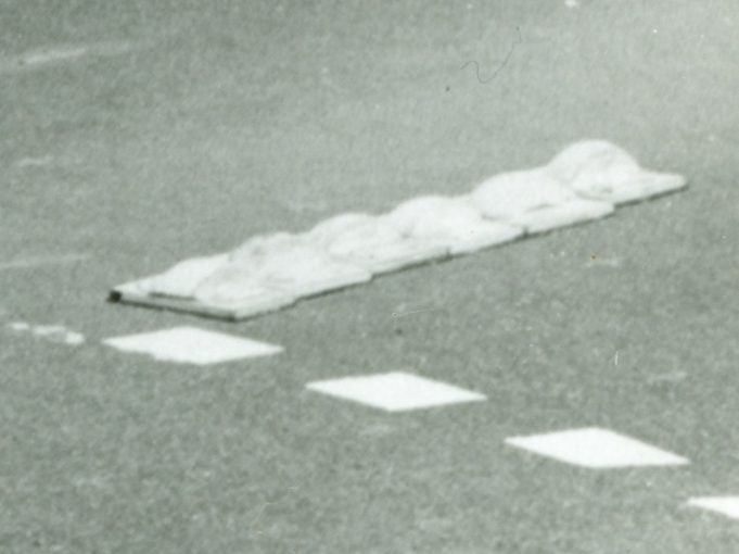 Mini-roundabout dividing stones | CPDC