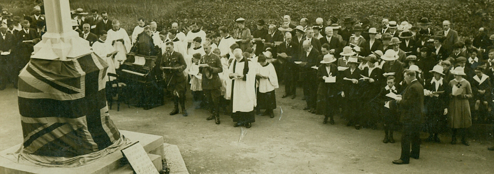 South Benfleet war memorial unveiling, 30th May 1920 (2)
