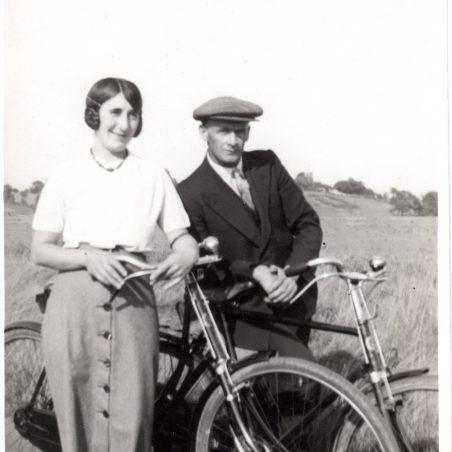 Hearts of Oak - Cycling around the Creek, Victoria Maria Gajardo with, I assume Mr Gajardo ? | Peter Andrew
