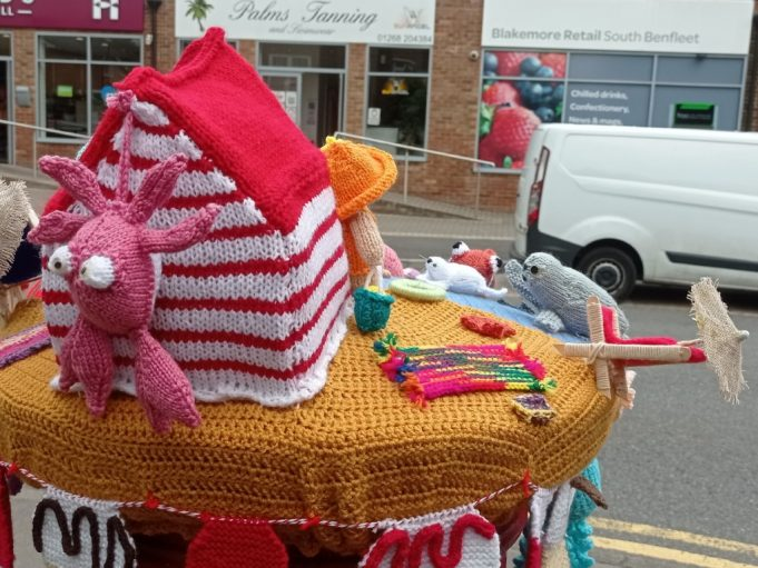 Seaside hat for post box showing crab | Phil Coley
